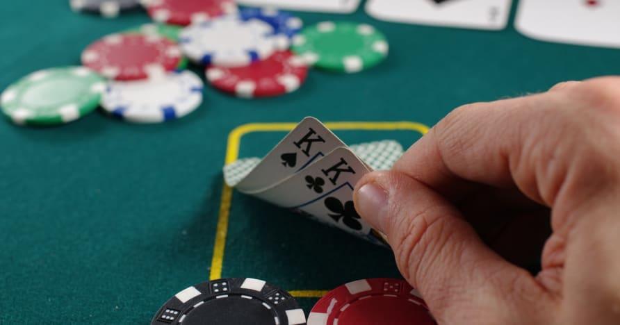Guida al poker per ottenere la mano vincente